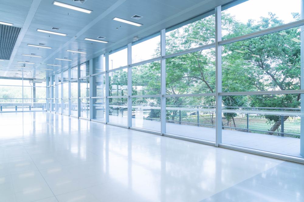 steklena-notranja-drsna-vrata